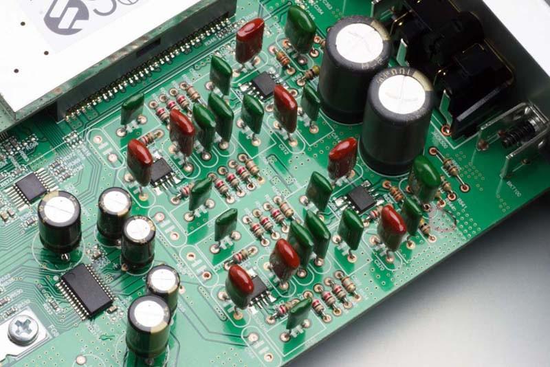 天龍公布對應 5.6MHz DSD 的入門級 Network Player DNP-730RE