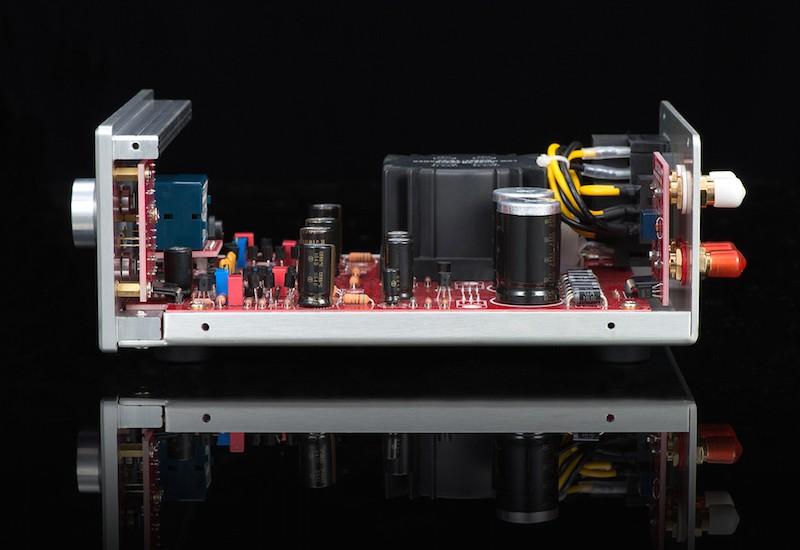 BURSON AUDIO 推出第二代耳機放大器 Soloist SL MK2