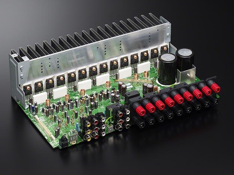 SONY 推出具 DSD 播放 + 無線後置揚聲器兼容功能的 AV 放大器