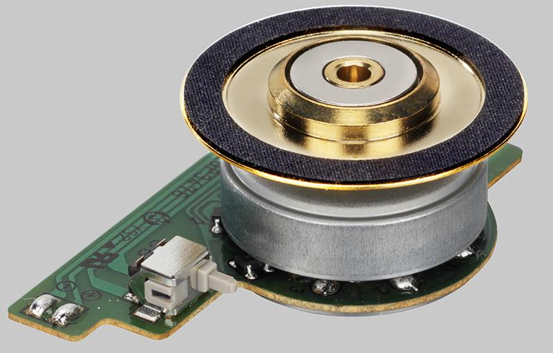 力壓訊噪水平的 Accuphase DP-560