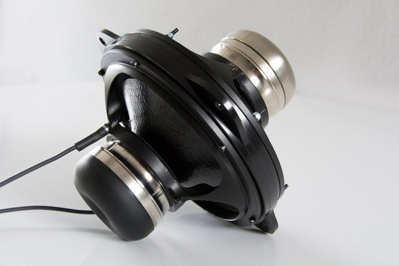 集大成之作,Wilson Benesch 推出全新 RESOLUTION 座地喇叭