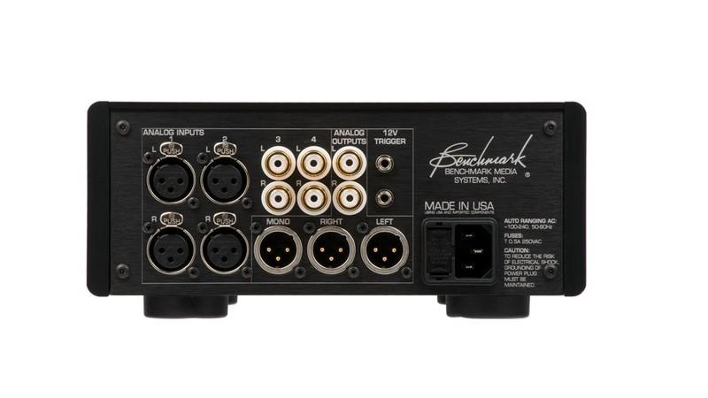 Benchmark 推出全新的耳機 / 前級放大器 HPA4