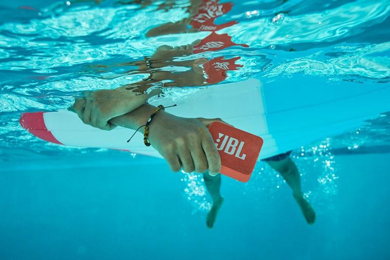 戶外活動好伙伴,JBL 推出全新防水藍牙喇叭 JBL GO 2