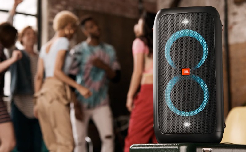 派對專家,JBL 推出 便攜式燈光藍牙喇叭 PartyBox 100