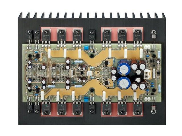 50 週年紀念型號第一彈,Accuphase 推出全新旗艦級合併式放大器 E-800