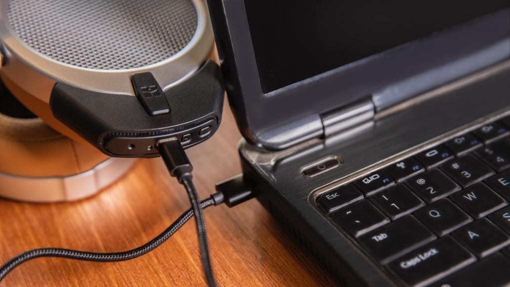 享受 USB DAC 的無線播放 HIFIMAN DEVA