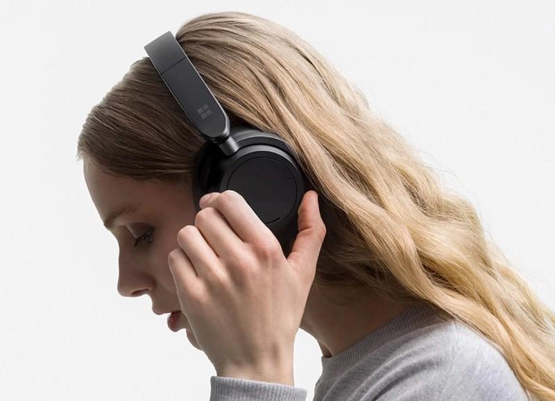 微軟發表新一代全罩式耳機 Surface Headphones 2
