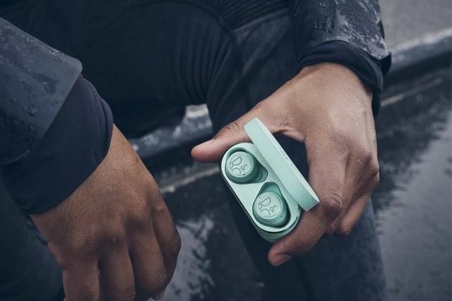 Bang & Olufsen 推出全新 Beoplay E8 Sport 真無線運動藍牙耳機