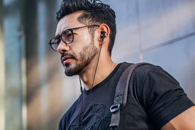 支援 Super X-Fi 全像耳機技術,Creative 推出全新 SXFI TRIO 耳機