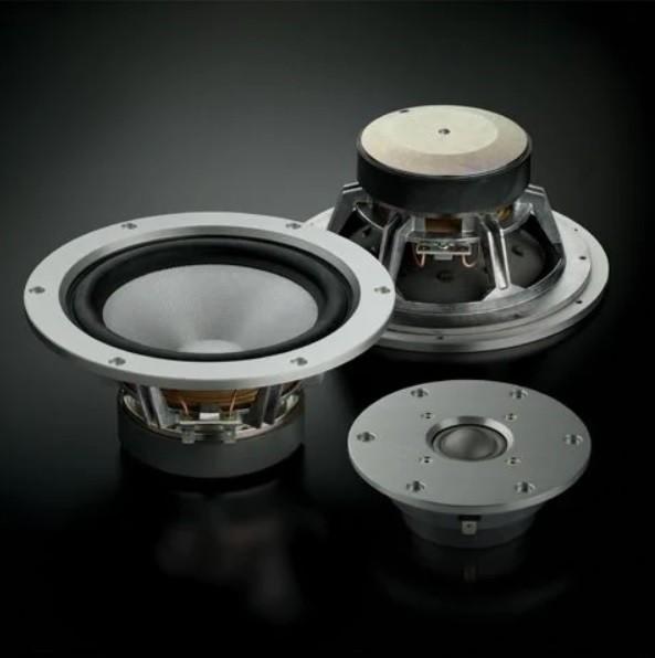 旗艦系列最新作,Yamaha 推出小型喇叭 NS-3000
