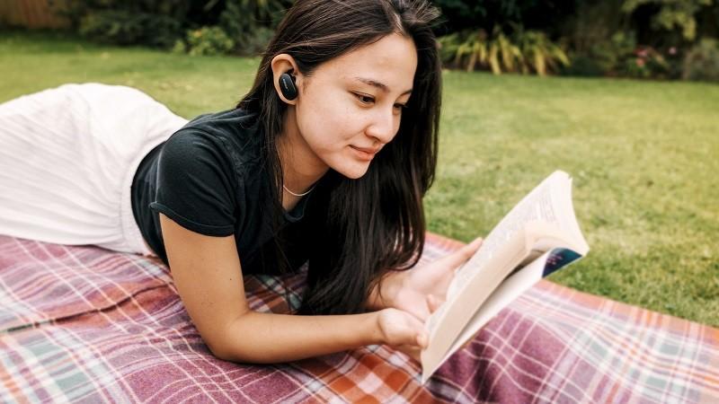 Bose 發表首款支援降噪功能的真無線耳機 QuietComfort Earbuds
