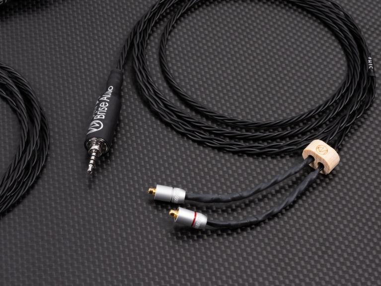 鍍銠插頭再起風雲 Brise Audio YATONO Rh2+ & STR7–Rh2+