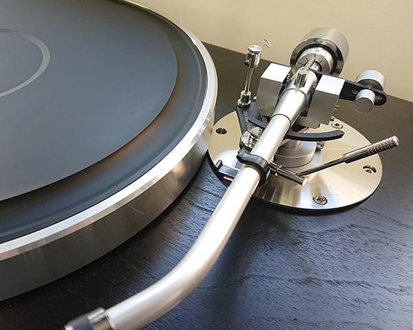 SAEC 推出 GT-5000 黑膠唱盤專用的唱臂架 SAB-5000