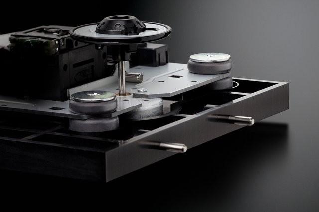 繼承高階型號技術,Accuphase 推出全新 CD 唱機 DP-450