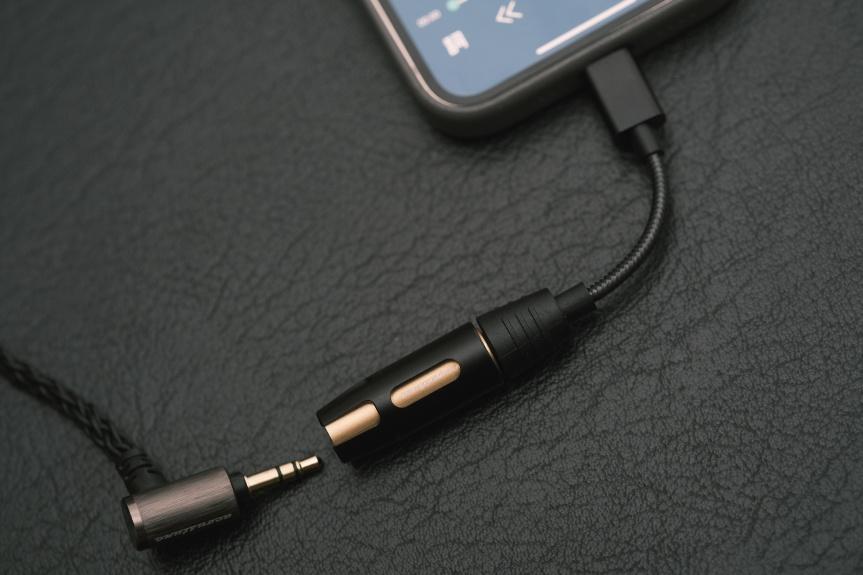 全支援三大常用耳機插頭 - acoustune AS2000