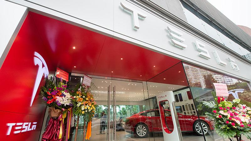 Tesla 淺水灣海灘 The Pulse Pop-up Store 正式開幕