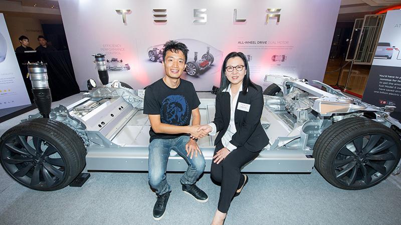 Tesla 雙摩打全輪驅動版本 Model S 正式抵港