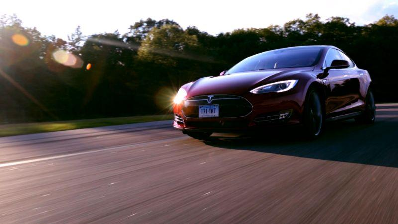Tesla Model S P85D 成《Consumer Reports》歷來最佳車款