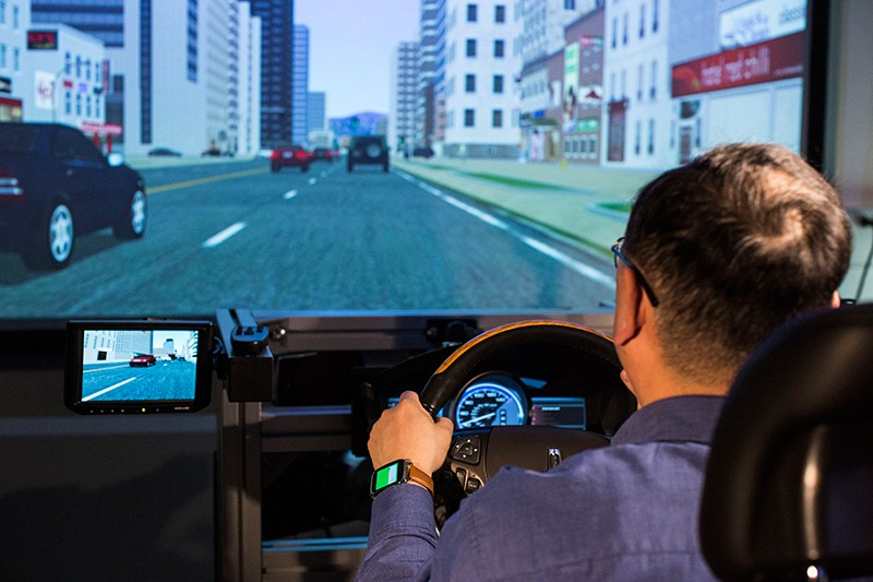 福特汽車計劃運用可穿戴科技成就更高智能汽車方案