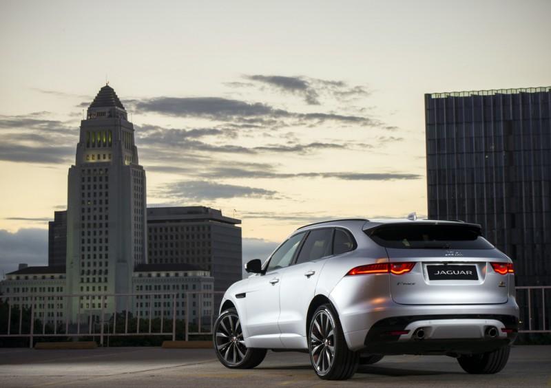 本週末尖沙咀海運大廈 Jaguar Land Rover 車展