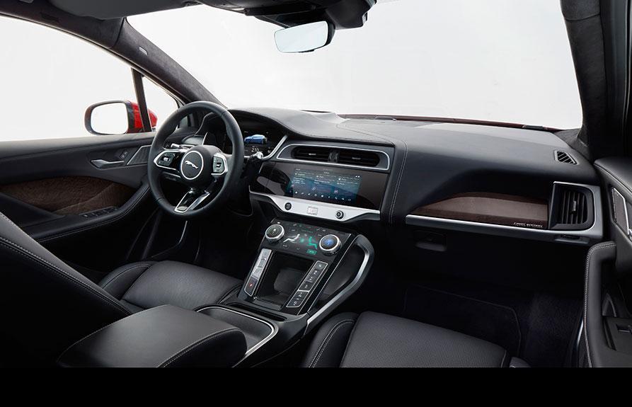 Jaguar 以全新電動 SUV I-PACE 領先車壇