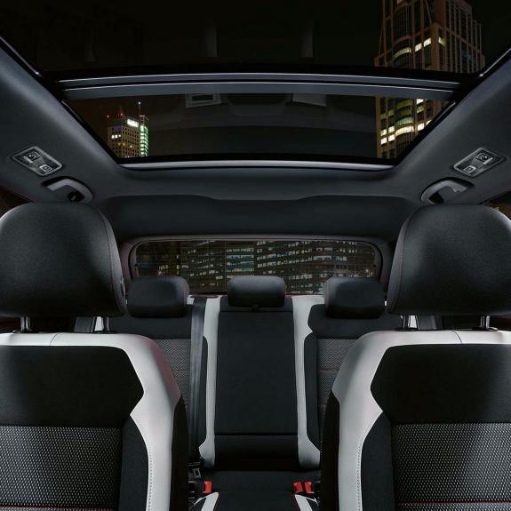 Volkswagen 全新 SUV 車款 T-Roc 登陸香港