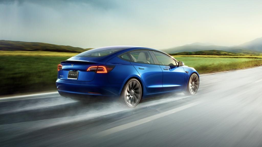 Model 3 全新版本正式推出 更新面貌 加速速度更快 續航距離更長 功能更多