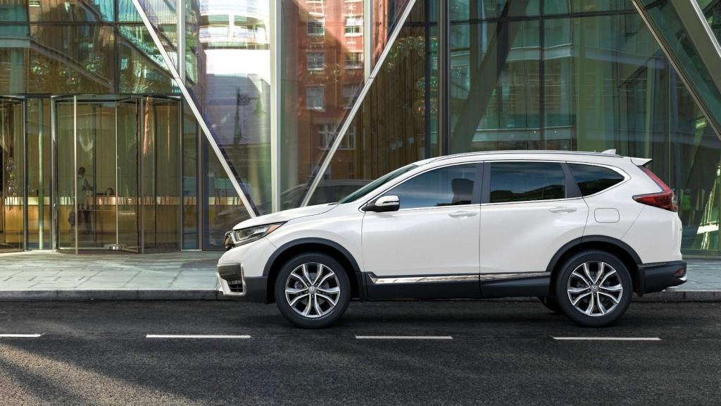 本田全新 CR-V 7 座 · 智能四驅 SUV 現已矚目登場!
