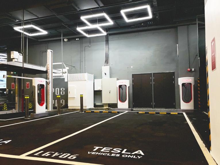 Tesla 在港持續擴展超級充電網絡 再有 V3 Supercharging 超級充電服務於新界西投入服務